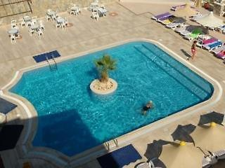 Bellacasa Suites & Club