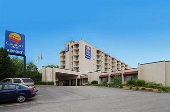 ‪Comfort Inn Airport & Conference Center St Louis‬
