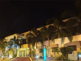 Photo of Bayfront Hotel Subic