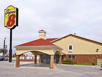 Super 8 Fort Worth South