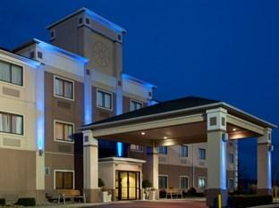 Holiday Inn Express Howe