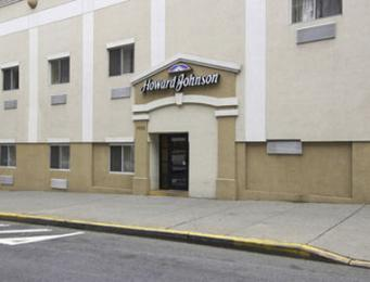 Howard Johnson Express Inn Bronx