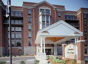 Hampton Inn &amp; Suites Nashville - Green Hills's Image