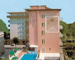 Hotel Trevi