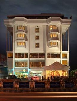 Photo of Hotel Abad Plaza Kochi