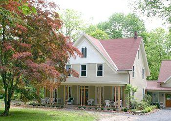 Creek Locks Bed & Breakfast