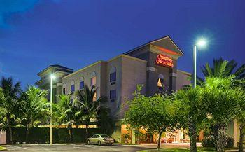 Photo of Hampton Inn & Suites Wellington