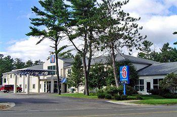 ‪Motel 6 Traverse City‬