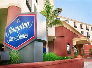 ‪Hampton Inn & Suites Los Angeles/ Burbank Airport‬