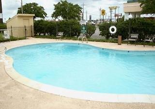 Baymont Inn & Suites Baton Rouge