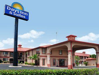 Photo of Days Inn And Suites Braunig Lake Elmendorf