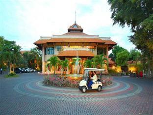 Photo of Hotel Equator Surabaya