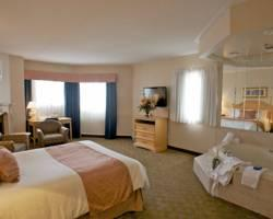 Photo of Monte Carlo Inn - Brampton Suites