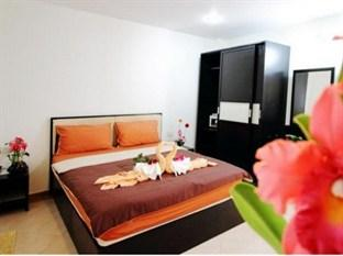 Cherry Budget Hostel @ Patong Beach