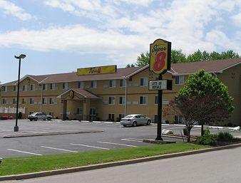 ‪Super 8 Independence/Kansas City Area‬