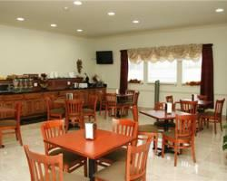 Budget Host Inn & Suites Cameron