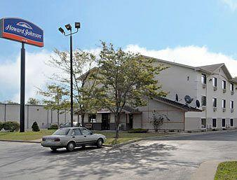 ‪Howard Johnson Inn Fort Wayne‬