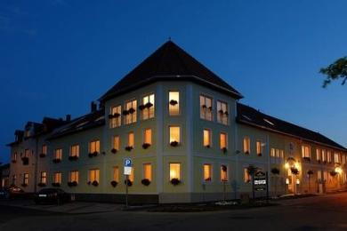 Photo of Hotel Korona Eger