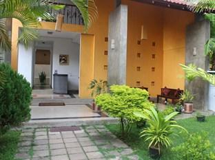 Photo of Sanras Holiday Home Galle