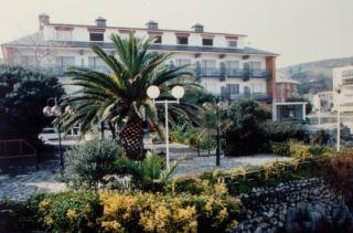Photo of Alfar Hotel y Apartamentos Isla