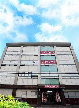 City Days Inn