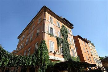 Trastevere House