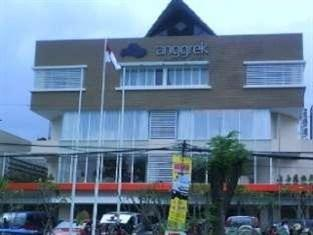 Anggrek Shopping Hotel