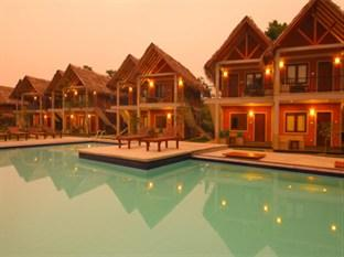 Elephas Resort