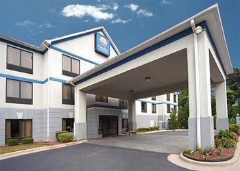 ‪Comfort Inn & Suites Peachtree Corners‬