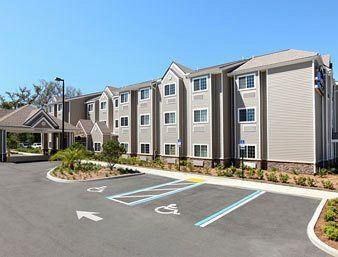 ‪Microtel Inn & Suites by Wyndham Jacksonville Airport‬