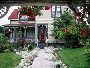 Holly Hill House Bed and Breakfast