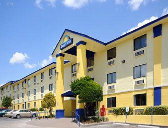 Days Inn Austin Crossroads