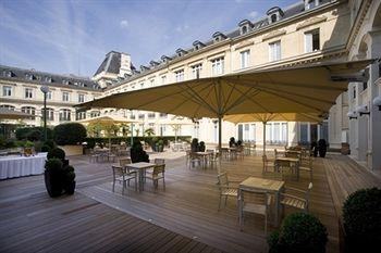 ‪Crowne Plaza Paris Republique‬