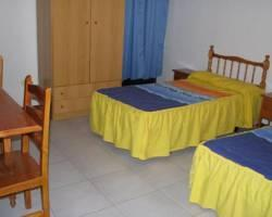 Hostal Residencia Arti