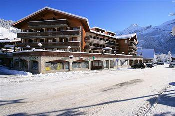 Photo of Hotel Le Chamois Les Diablerets