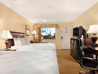 Americas Best Value Inn & Suites-Shenandoah/Spring