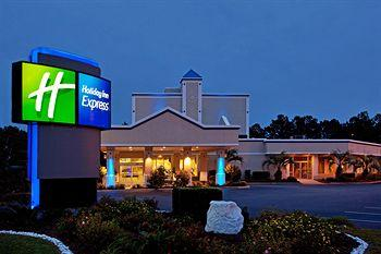 ‪Holiday Inn Express Charleston-Summerville‬