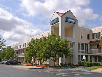 Travelodge Cincinnati - Sharonville
