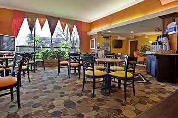 Holiday Inn Express Spring Lake - Ft. Bragg