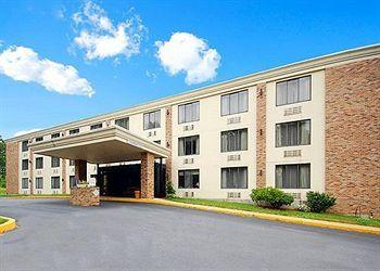 Photo of Quality Inn Sturbridge