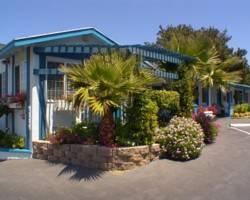 Blue Lagoon Inn