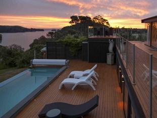 Photo of Le Chalet Waiheke Apartments Waiheke Island