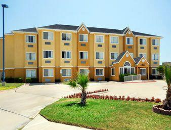Microtel Inn & Suites by Wyndham Irving/DFW Airport/Beltline