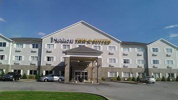 Photo of Modern Inn & Suites Lawrenceburg
