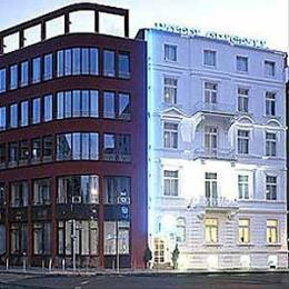 Photo of Hotel Cristall Frankfurt