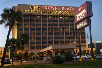 Photo of Crowne Plaza Airport San Antonio