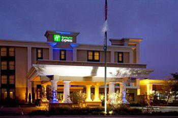 Photo of Holiday Inn Express Northwest-Park 100 Indianapolis