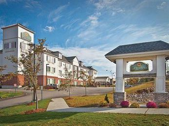 La Quinta Inn & Suites Stonington