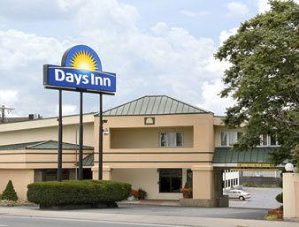 Days Inn - Attleboro