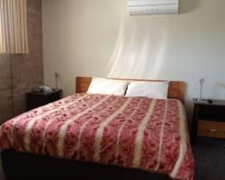 Photo of Ashton Townhouse Motel & Suites Tumut